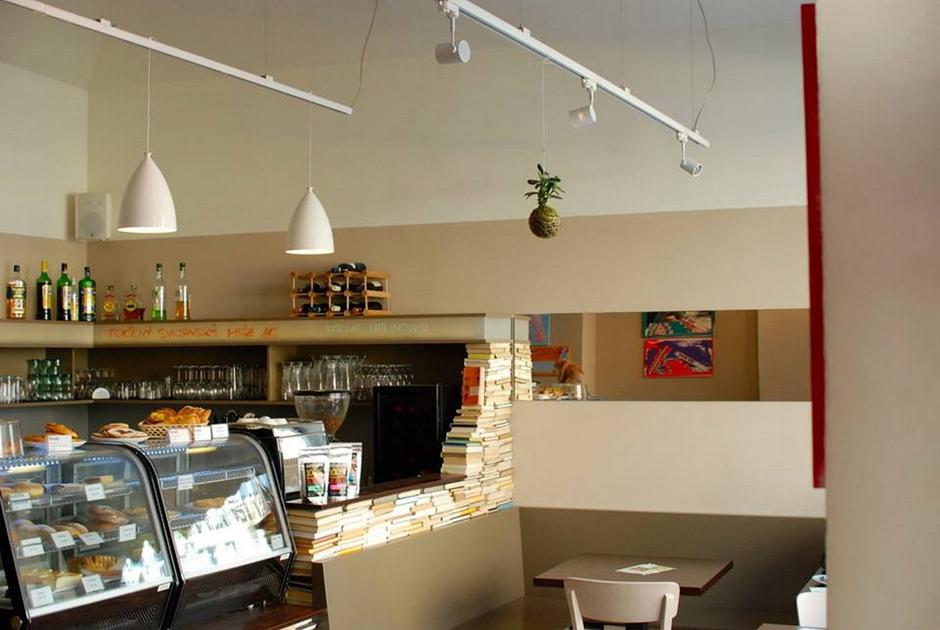Bezprahová kavárna 5